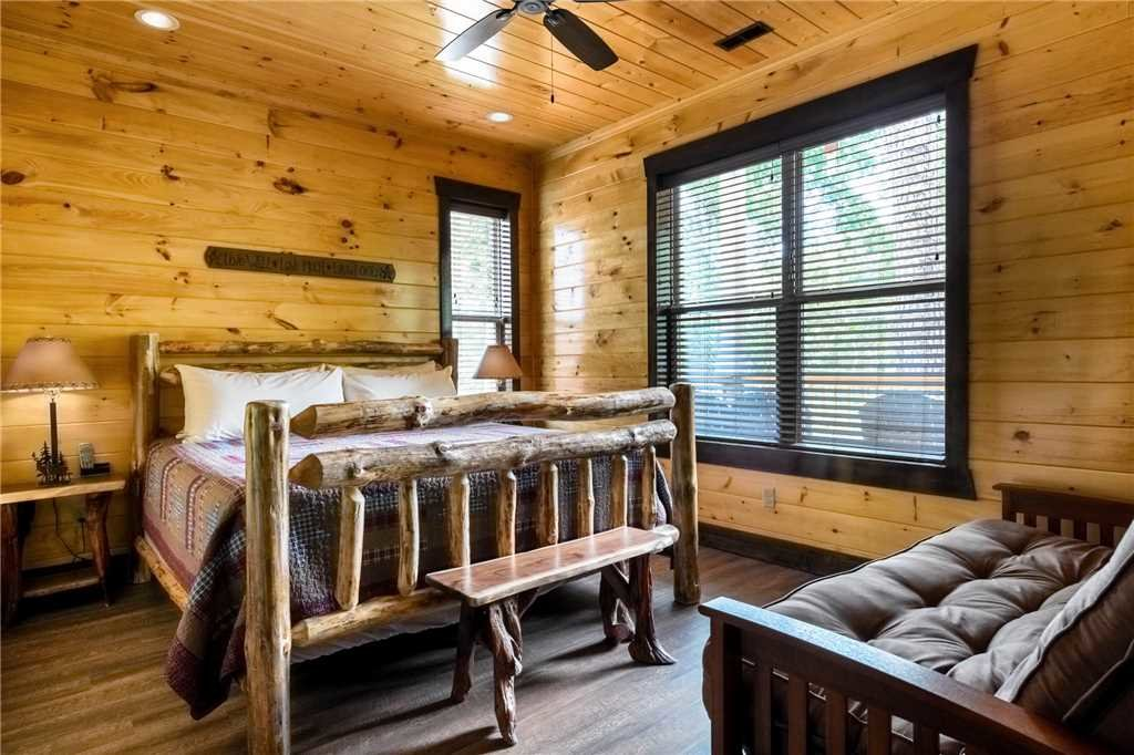 Photo of a Gatlinburg Cabin named The Great Maple Retreat - This is the tenth photo in the set.