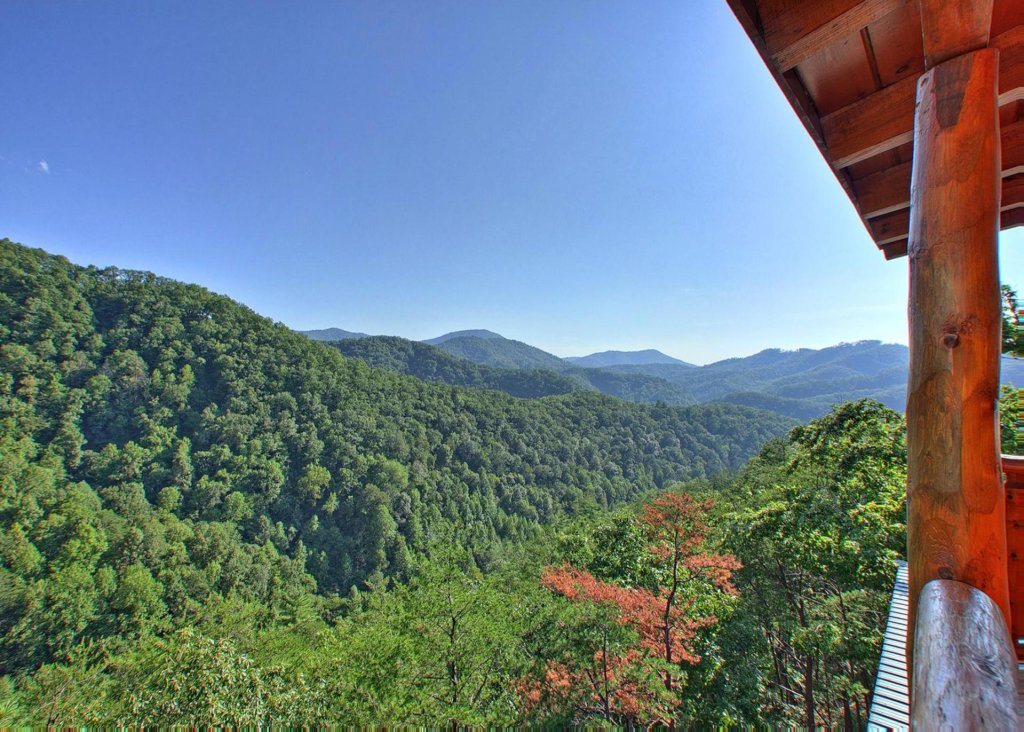 Photo of a Pigeon Forge Cabin named Misty Mountaintop #52 - This is the fifteenth photo in the set.