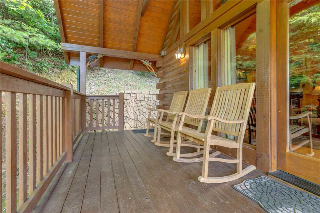Photo of a Gatlinburg Cabin named Americana - This is the twenty-fifth photo in the set.