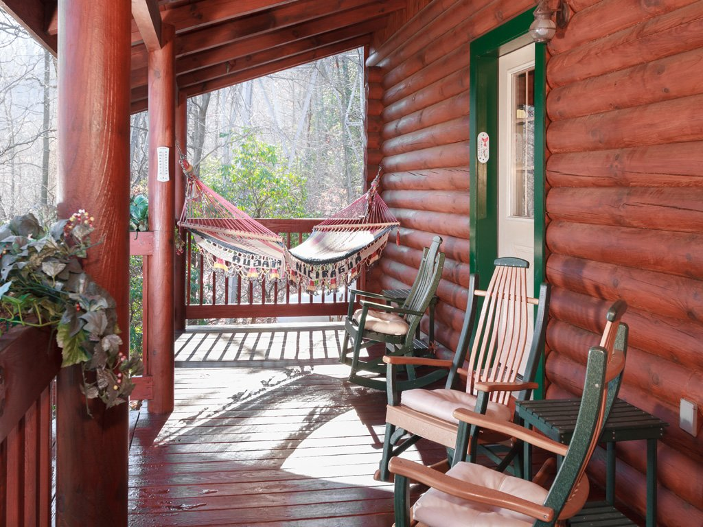Photo of a Gatlinburg Cabin named Alpine Ski Lodge - This is the fifth photo in the set.