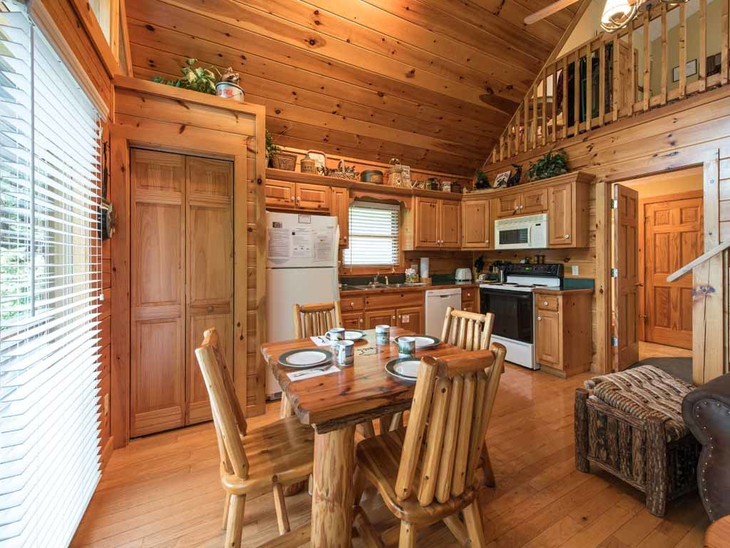 Photo of a Gatlinburg Cabin named Peace Of Mind - This is the sixth photo in the set.