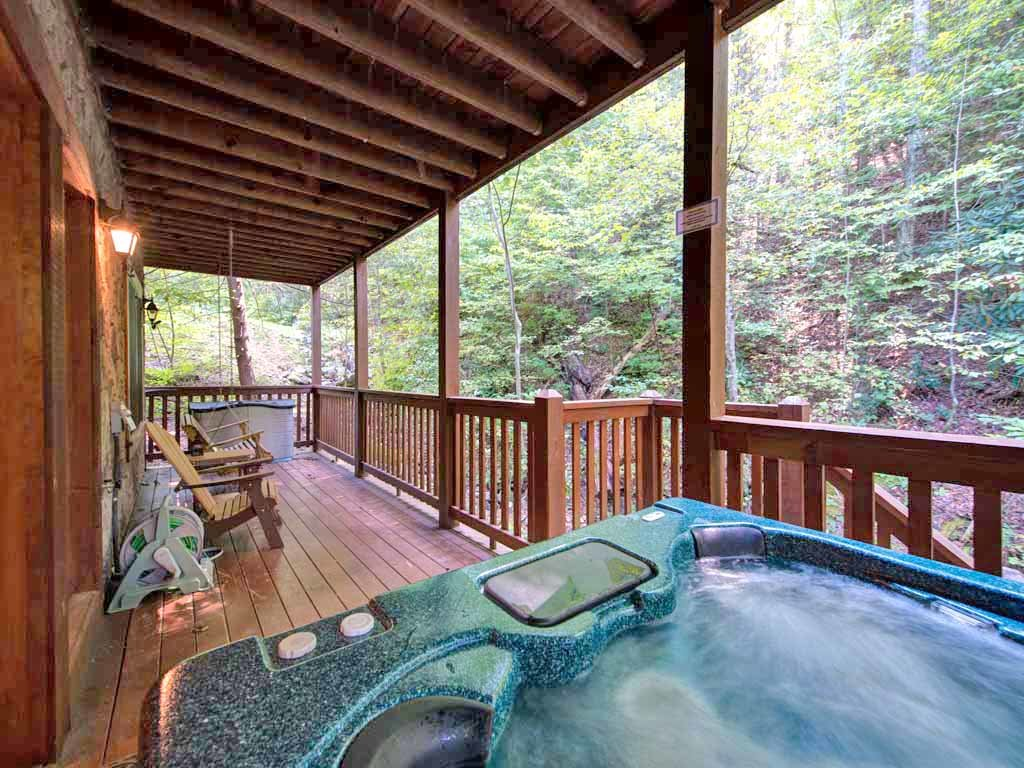 Photo of a Gatlinburg Cabin named Idle Days - This is the second photo in the set.