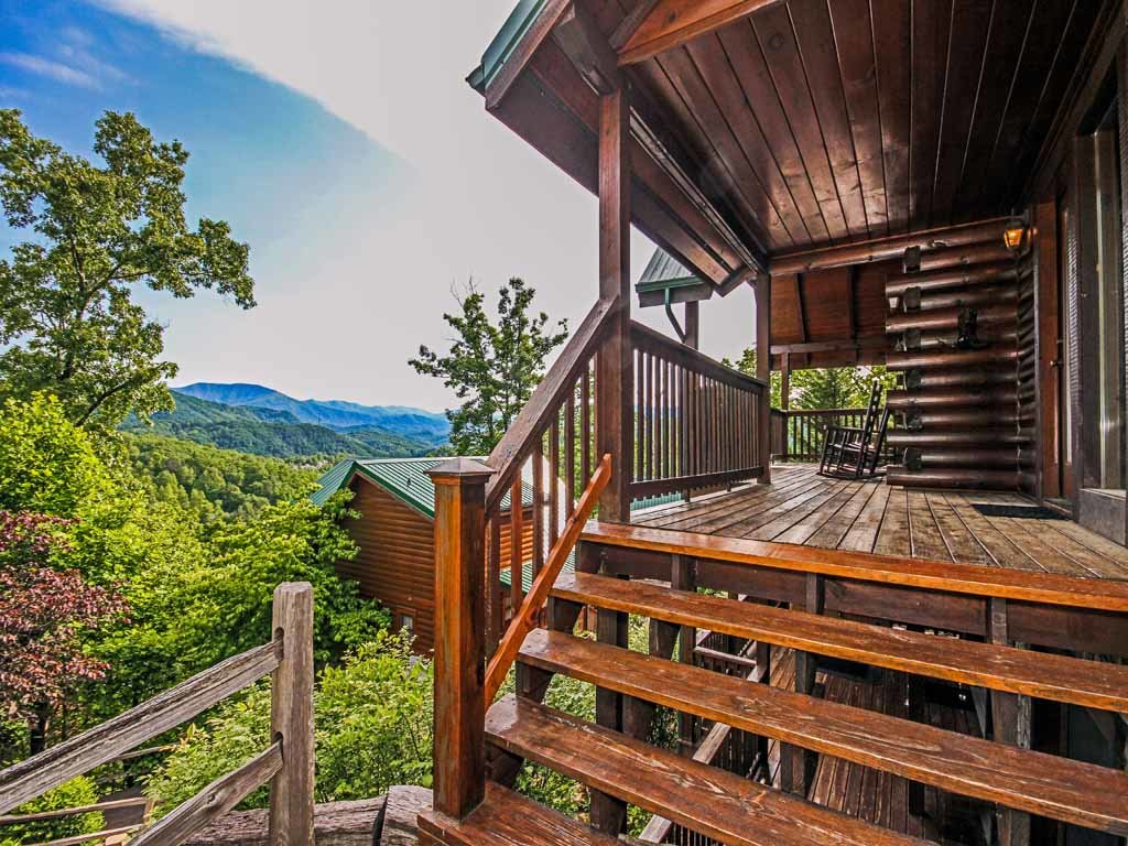Photo of a Gatlinburg Cabin named Fireside View - This is the fourteenth photo in the set.