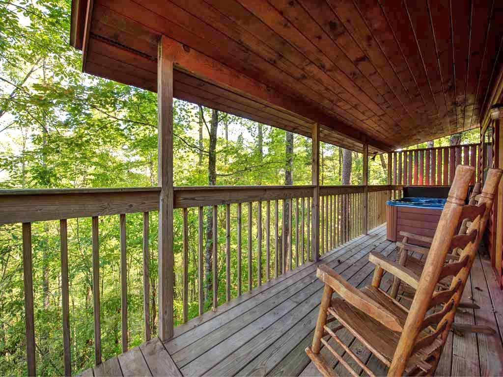 Photo of a Sevierville Cabin named Country Getaway - This is the third photo in the set.