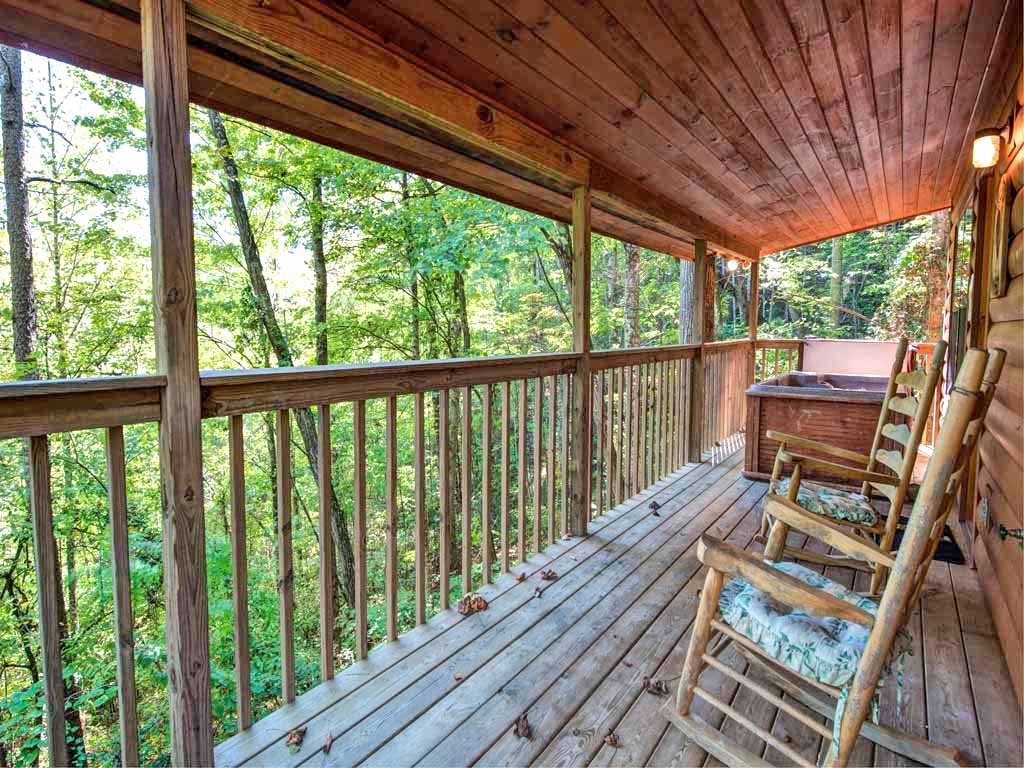 Photo of a Sevierville Cabin named Rooster Way - This is the third photo in the set.
