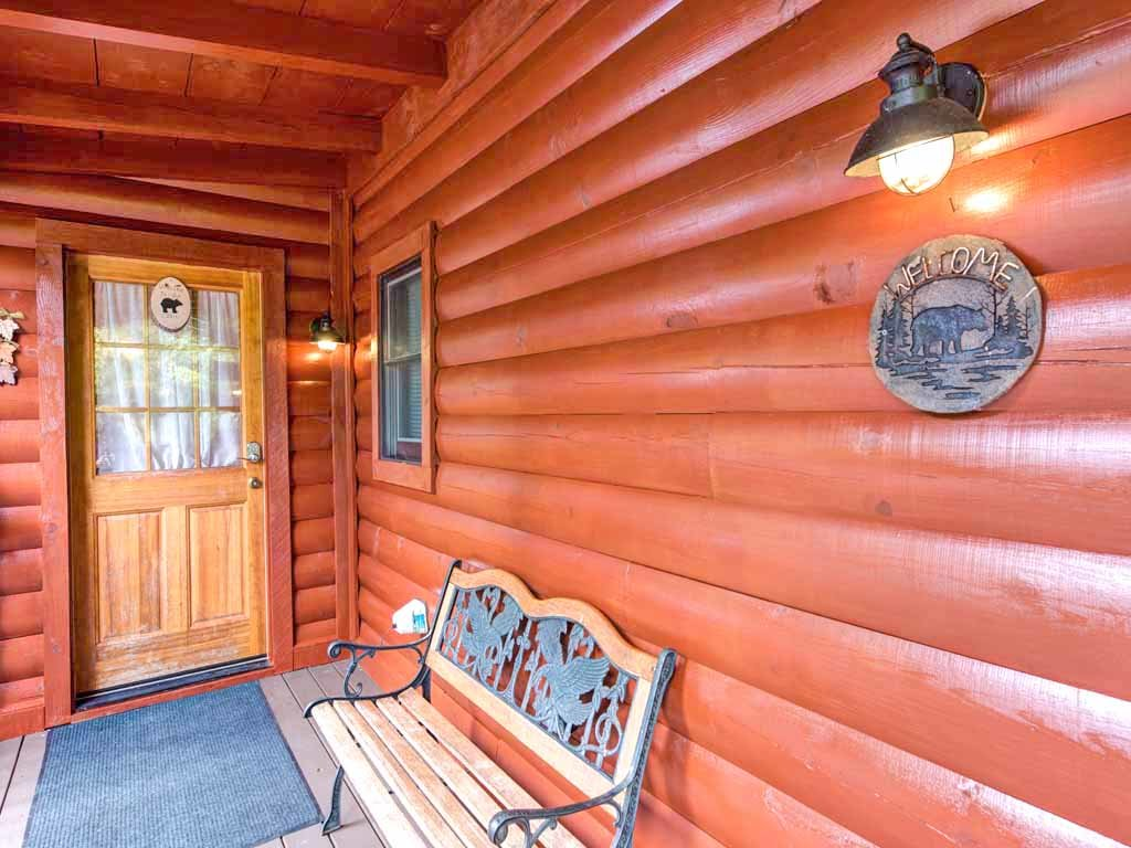 Photo of a Gatlinburg Cabin named Three Bears Cabin - This is the sixteenth photo in the set.