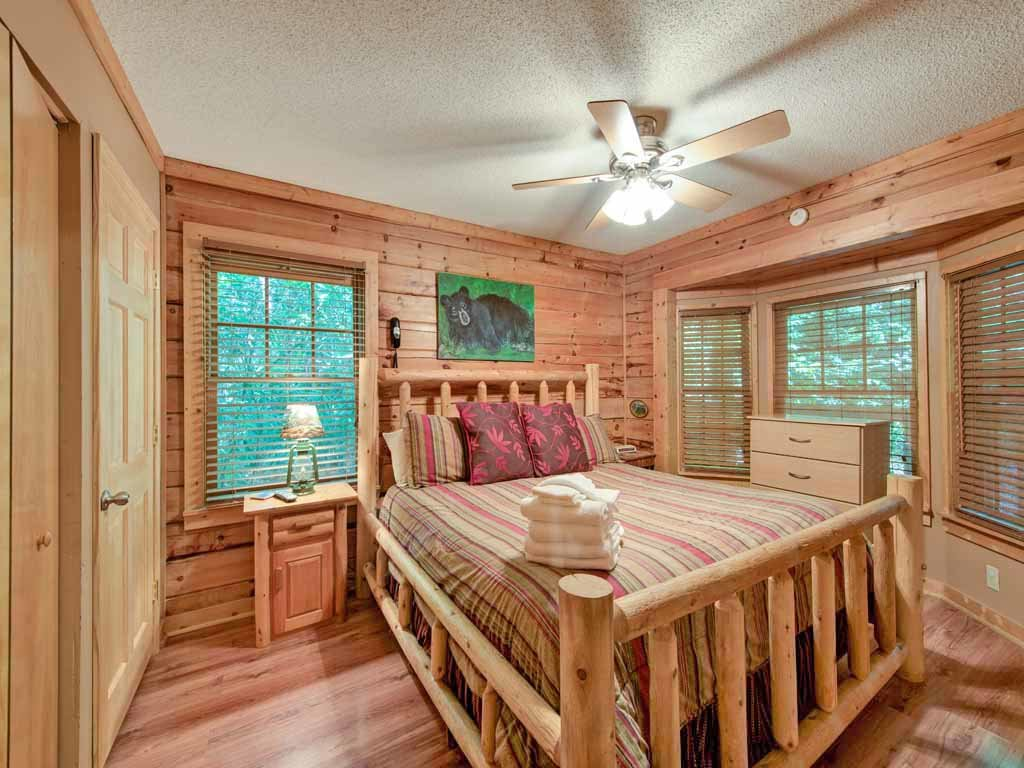 Photo of a Gatlinburg Cabin named Magical Moments - This is the seventh photo in the set.