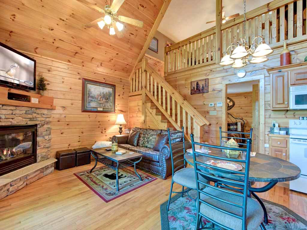 Photo of a Gatlinburg Cabin named Breathtaking View - This is the fifth photo in the set.