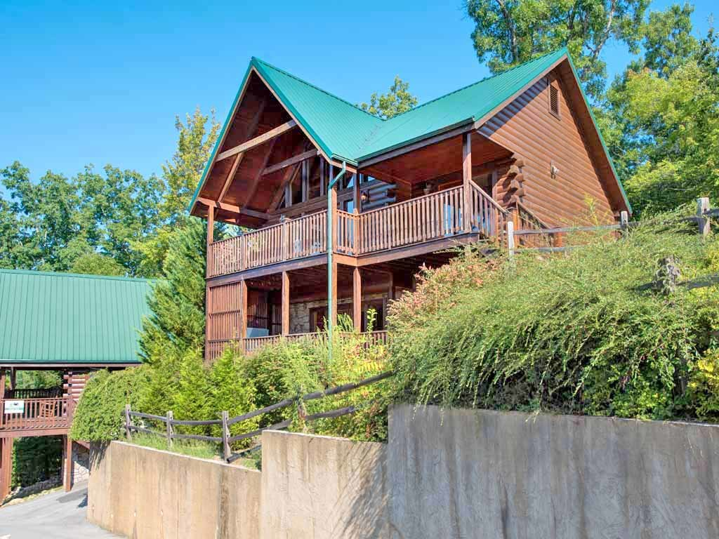 Photo of a Gatlinburg Cabin named Fireside View - This is the third photo in the set.