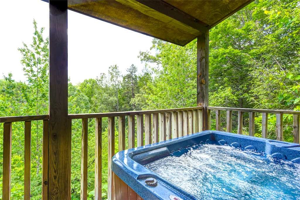 Photo of a Gatlinburg Cabin named To Have And To Hold - This is the second photo in the set.