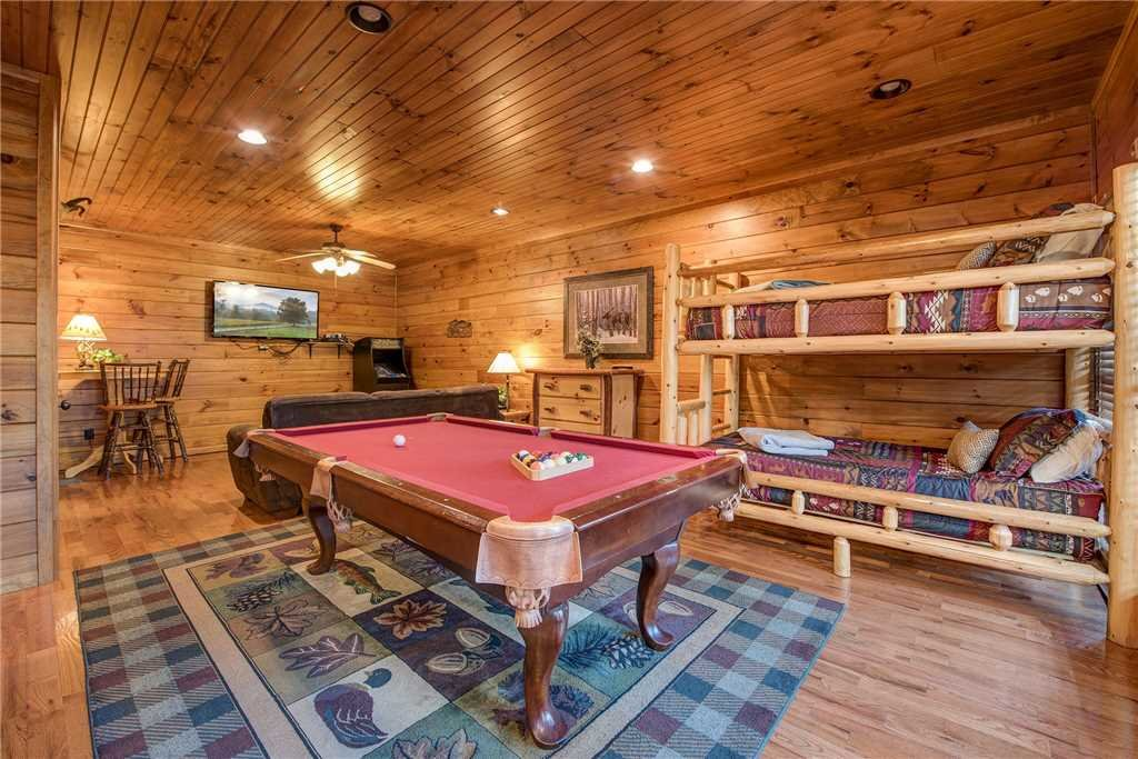 Photo of a Gatlinburg Cabin named The Great Outdoors - This is the ninth photo in the set.