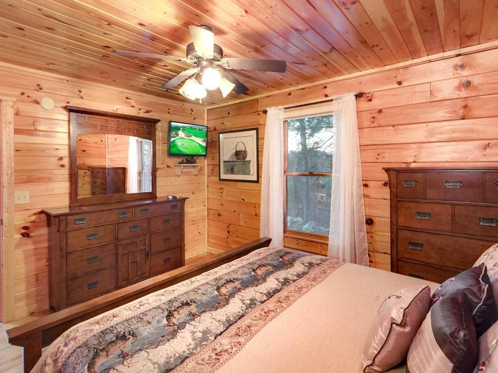 Photo of a Gatlinburg Cabin named Gatlinburg Summit Views - This is the thirteenth photo in the set.