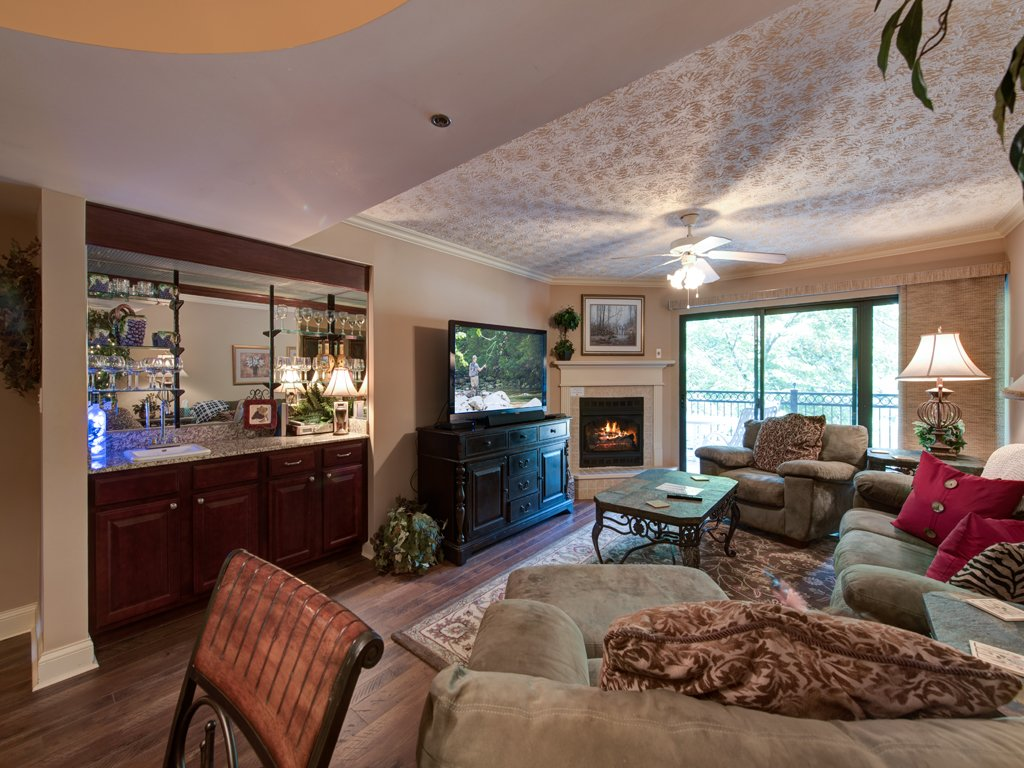 Photo of a Gatlinburg Condo named Roaring Romance - This is the first photo in the set.
