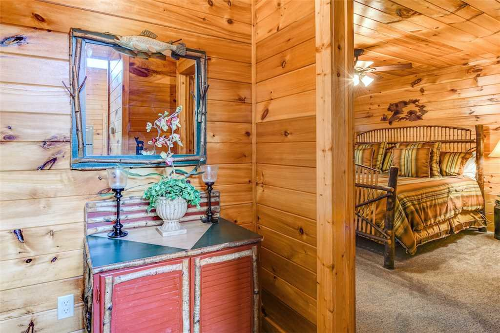 Photo of a Gatlinburg Cabin named To Have And To Hold - This is the tenth photo in the set.