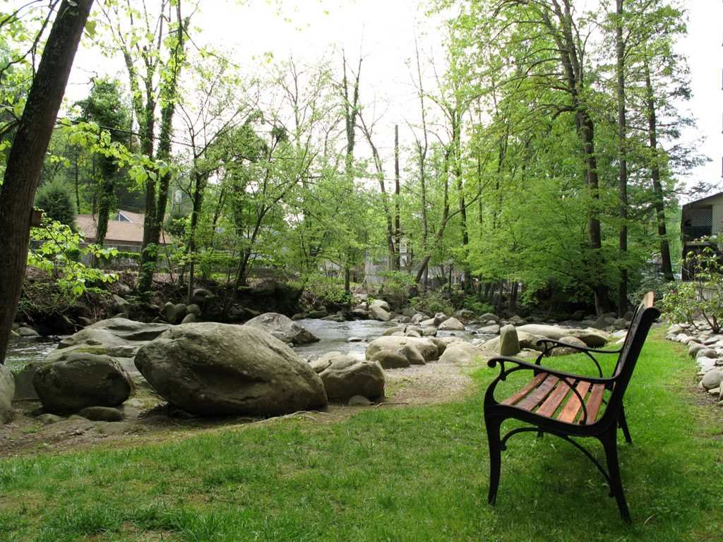 Photo of a Gatlinburg Condo named Roaring Romance - This is the twenty-second photo in the set.