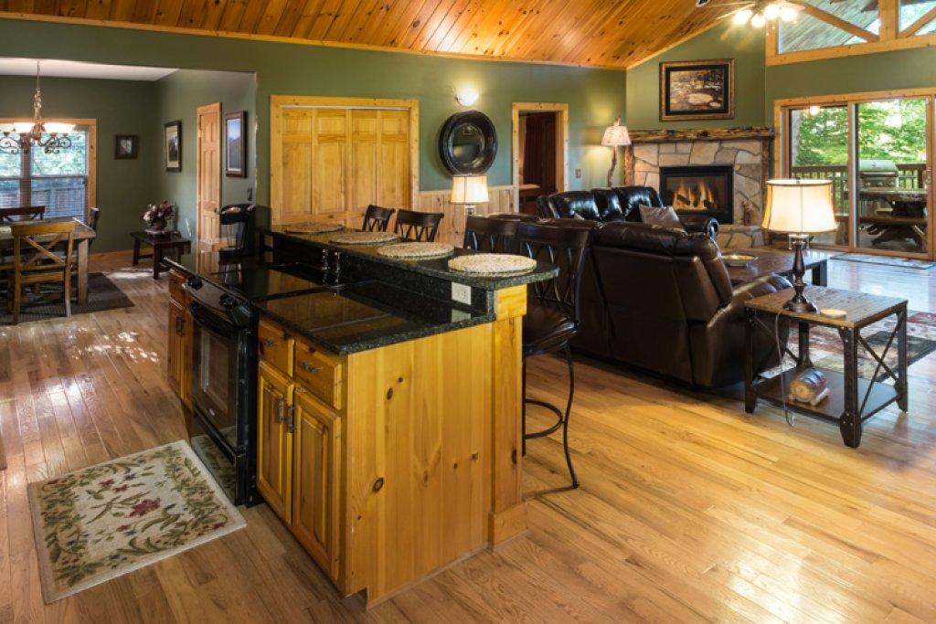 Photo of a Gatlinburg Cabin named Riversound Romance - This is the seventh photo in the set.