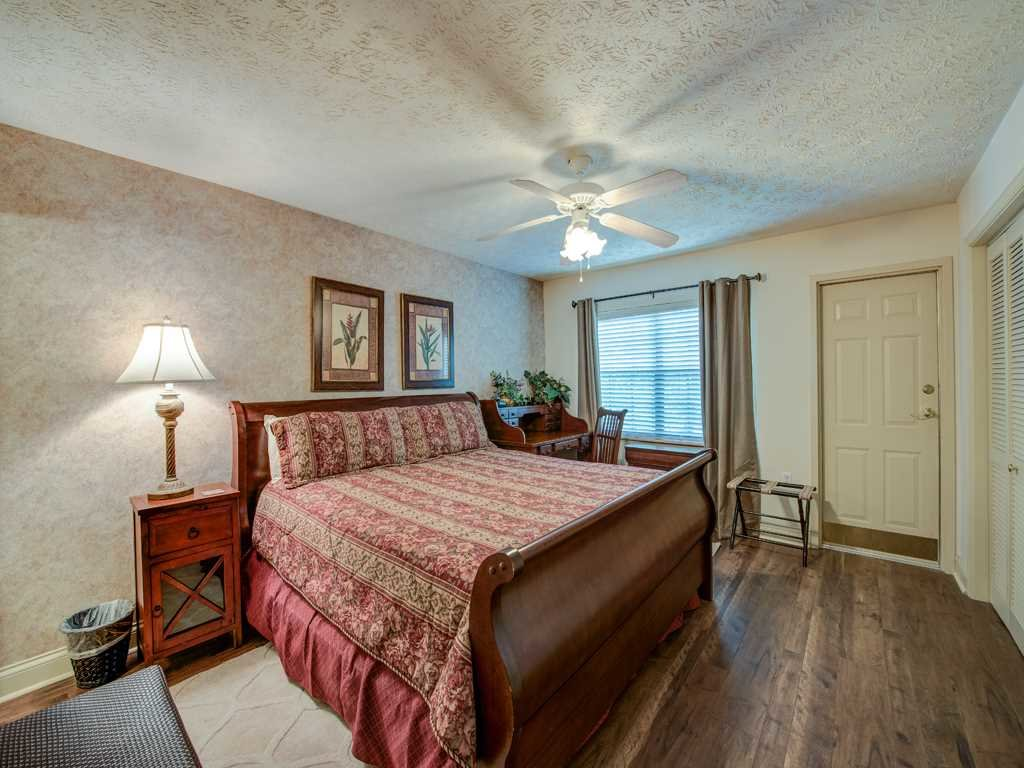 Photo of a Gatlinburg Condo named Roaring Romance - This is the ninth photo in the set.