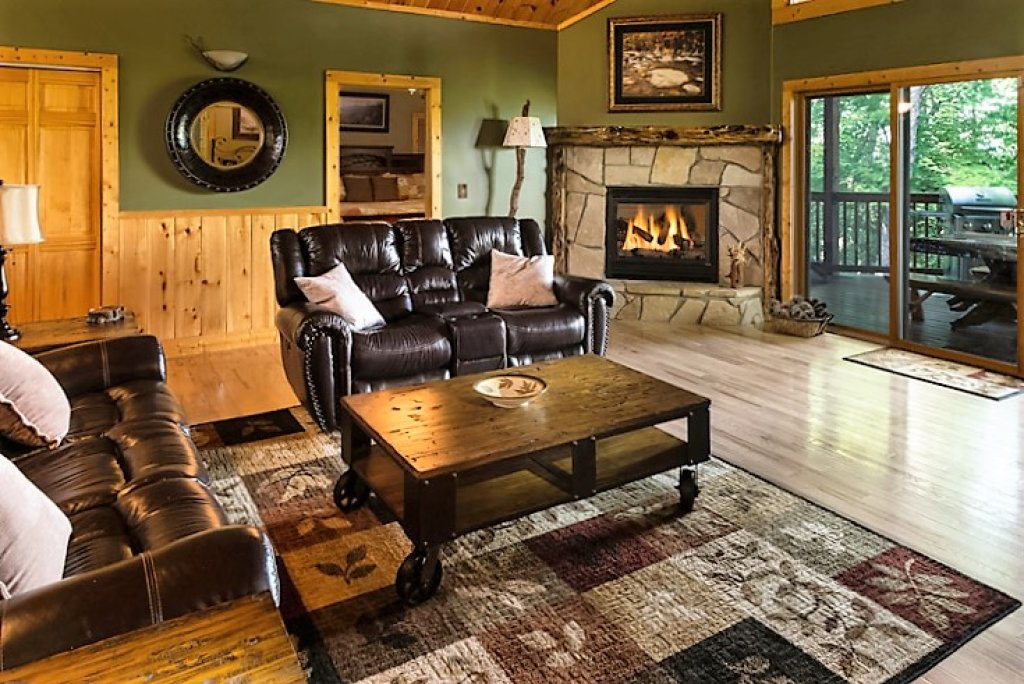 Photo of a Gatlinburg Cabin named Riversound Romance - This is the first photo in the set.