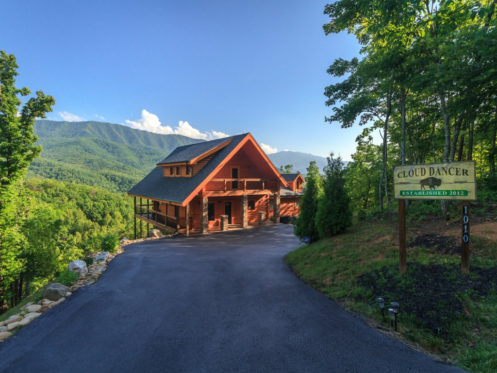 Photo of a Gatlinburg Cabin named Cloud Dancer Ii - This is the thirty-sixth photo in the set.