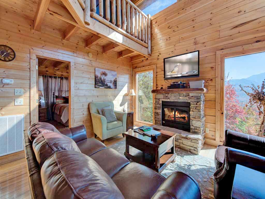 Photo of a Gatlinburg Cabin named Favored By Fortune - This is the first photo in the set.