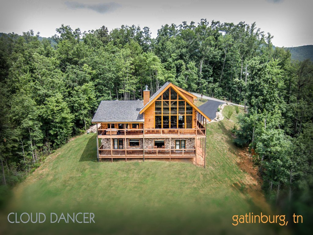 Photo of a Gatlinburg Cabin named Cloud Dancer Ii - This is the forty-seventh photo in the set.