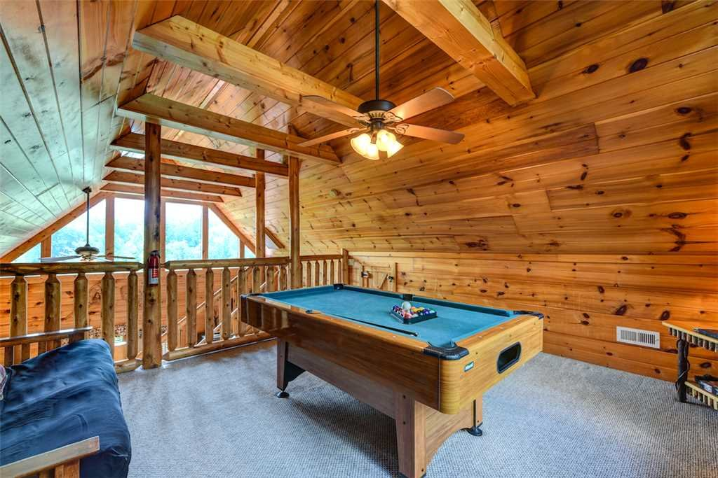 Photo of a Gatlinburg Cabin named To Have And To Hold - This is the fifth photo in the set.