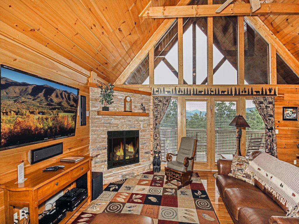 Bear slide cabin in gatlinburg w 4 br sleeps10 - 4 bedroom cabins in gatlinburg tn ...