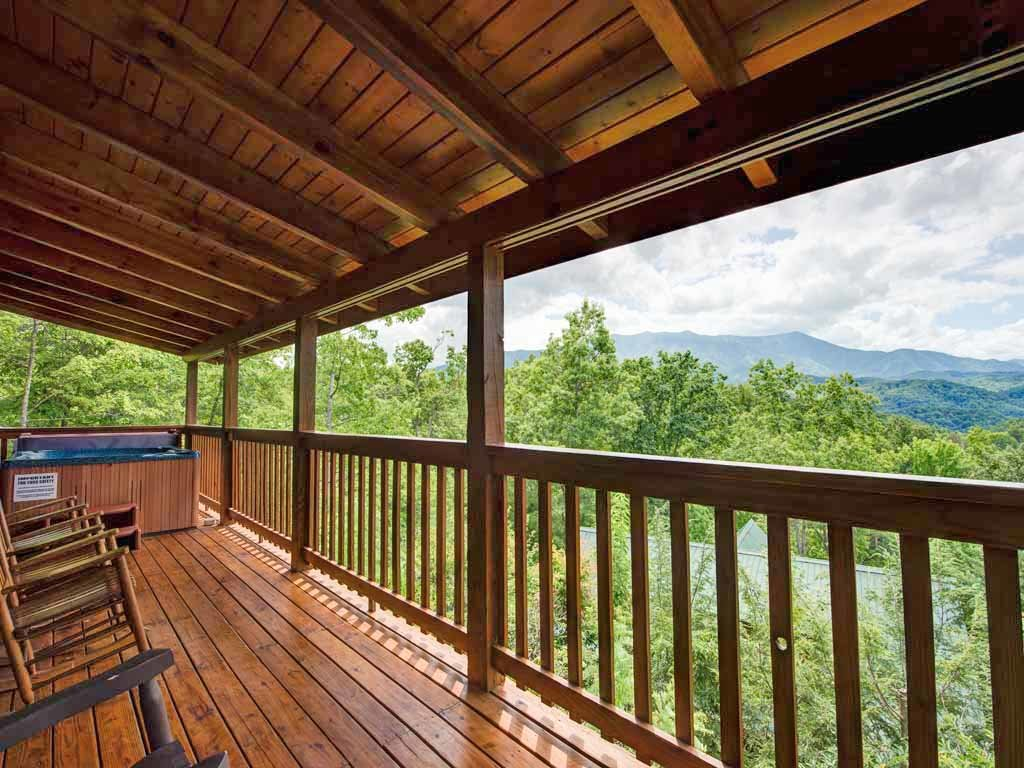 Photo of a Gatlinburg Cabin named Highpoint Escape - This is the twenty-second photo in the set.