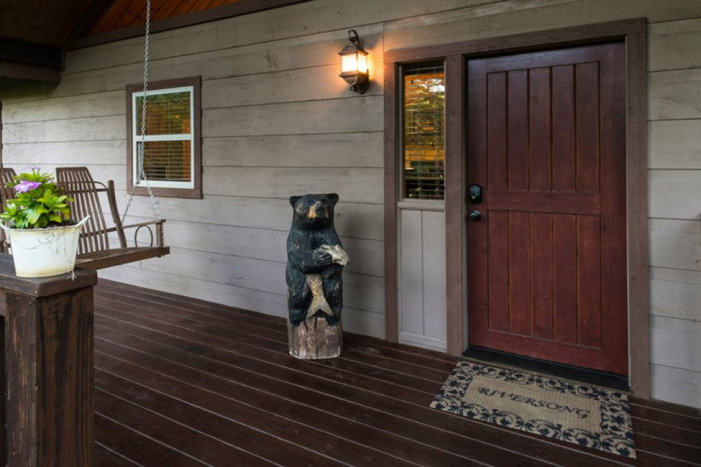 Photo of a Gatlinburg Cabin named Riversound Romance - This is the seventeenth photo in the set.