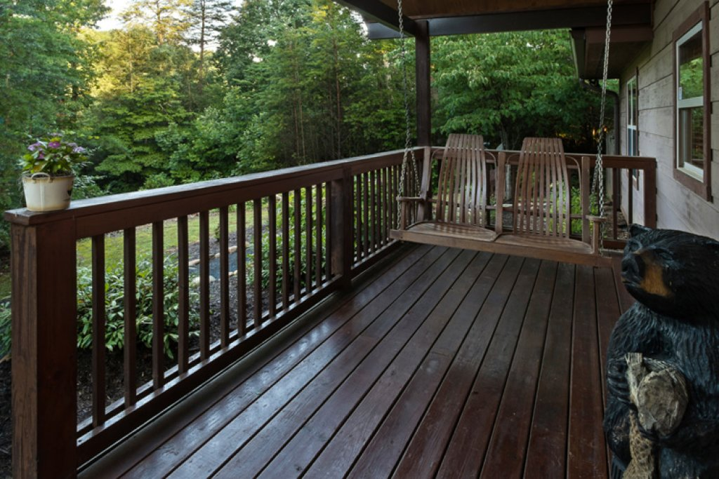 Photo of a Gatlinburg Cabin named Riversound Romance - This is the nineteenth photo in the set.