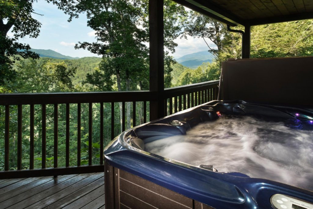 Photo of a Gatlinburg Cabin named Riversound Romance - This is the second photo in the set.