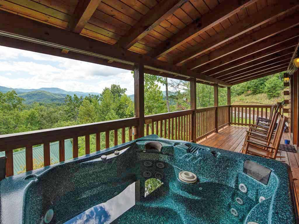 Photo of a Gatlinburg Cabin named Highpoint Escape - This is the third photo in the set.