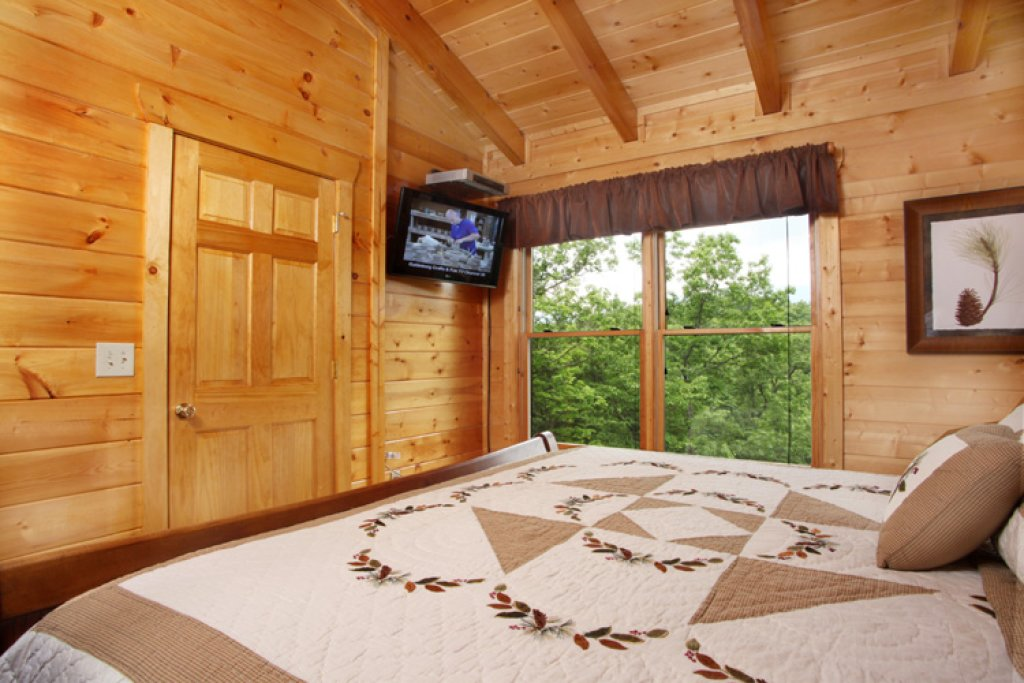 Photo of a Gatlinburg Cabin named Together Again - This is the fifteenth photo in the set.