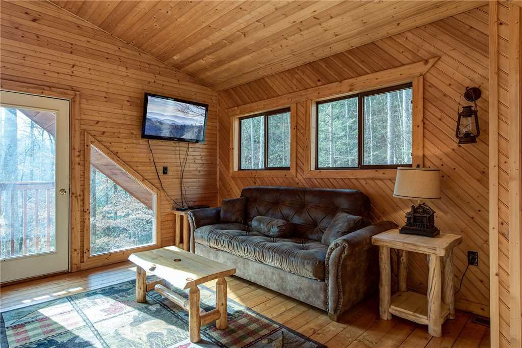 Photo of a Gatlinburg Cabin named Dreams & Streams - This is the fourteenth photo in the set.