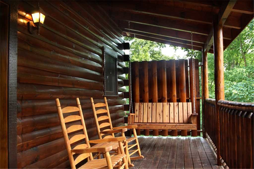 Photo of a Gatlinburg Cabin named Together Again - This is the nineteenth photo in the set.