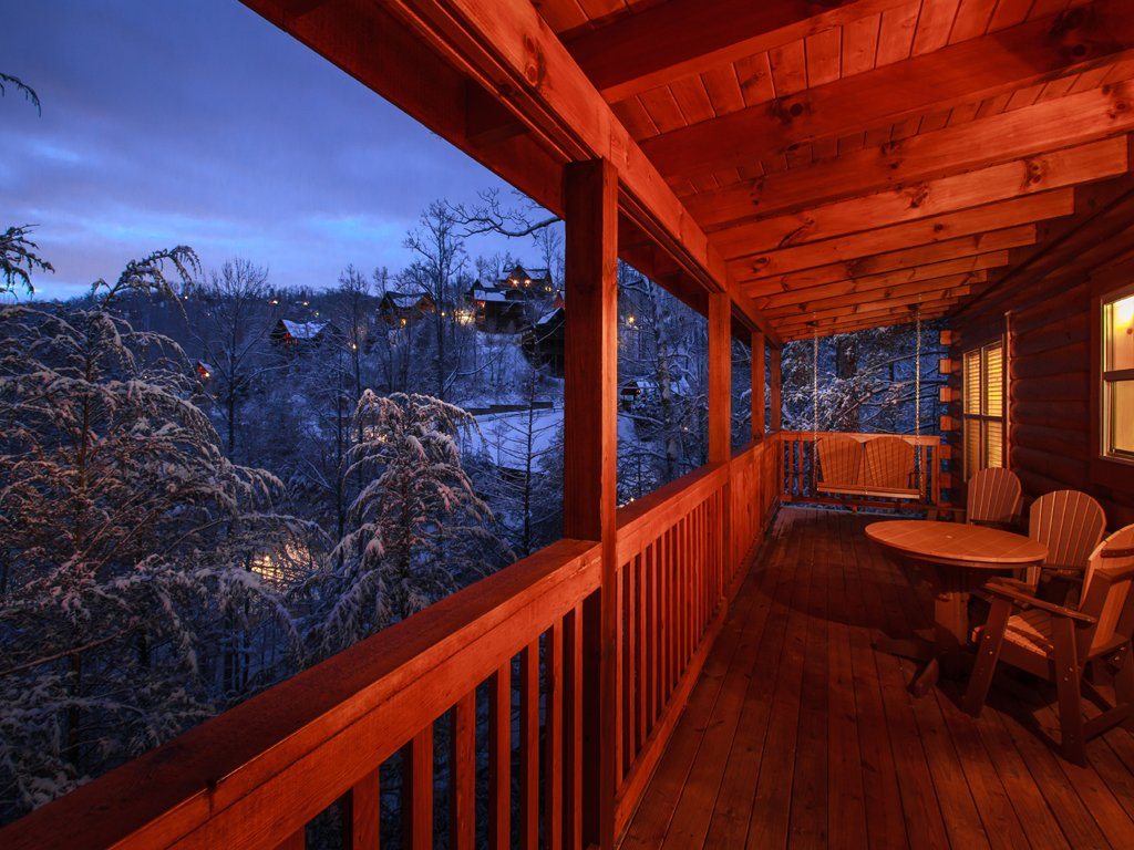 Photo of a Gatlinburg Cabin named Chasin A Dream - This is the nineteenth photo in the set.
