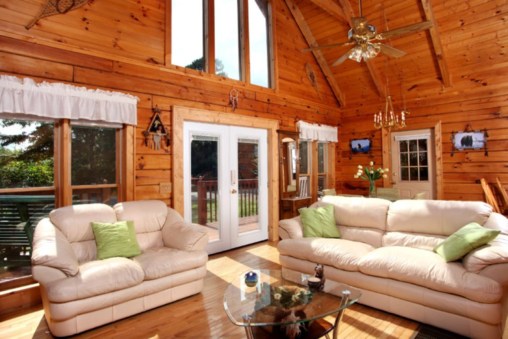 Photo of a Gatlinburg Cabin named Dream Catcher - This is the first photo in the set.