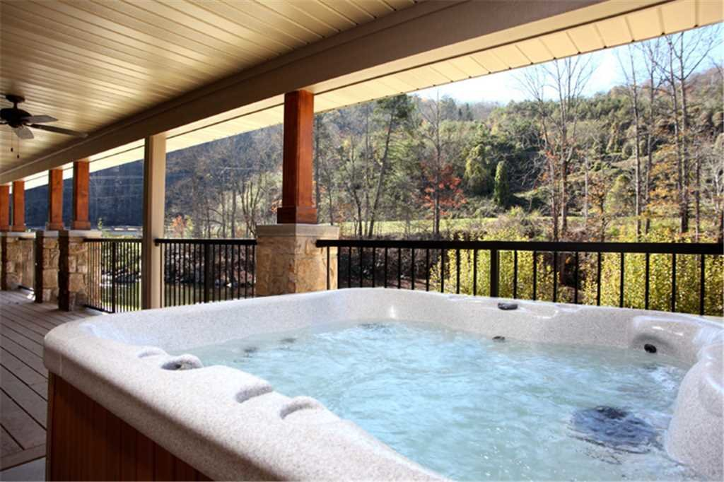 Photo of a Gatlinburg Cabin named River Memories - This is the third photo in the set.