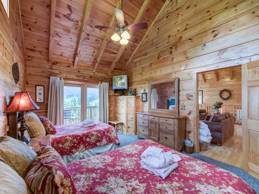 Photo of a Gatlinburg Cabin named Appalachian Lodge - This is the eighteenth photo in the set.