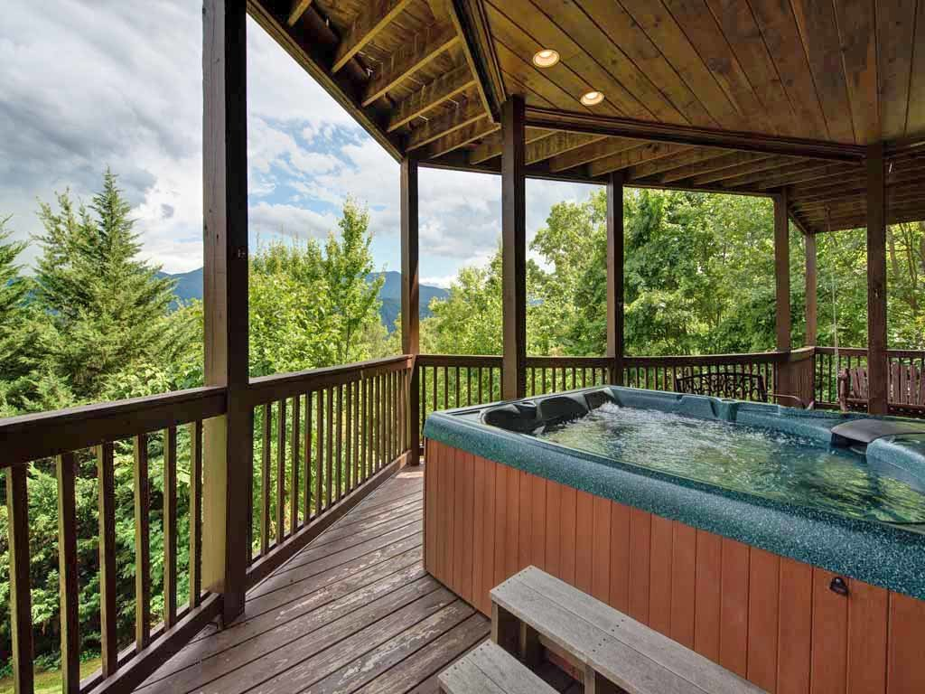 Photo of a Gatlinburg Cabin named Appalachian Lodge - This is the thirty-first photo in the set.