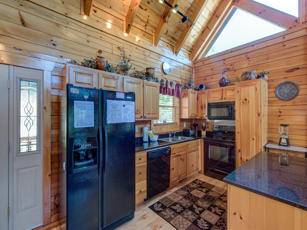 Photo of a Gatlinburg Cabin named Smoky Ridge View - This is the seventh photo in the set.