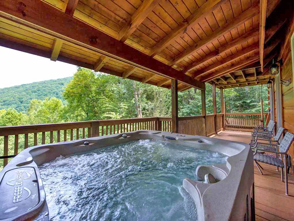 Photo of a Gatlinburg Cabin named Cozy Bear Lodge - This is the second photo in the set.
