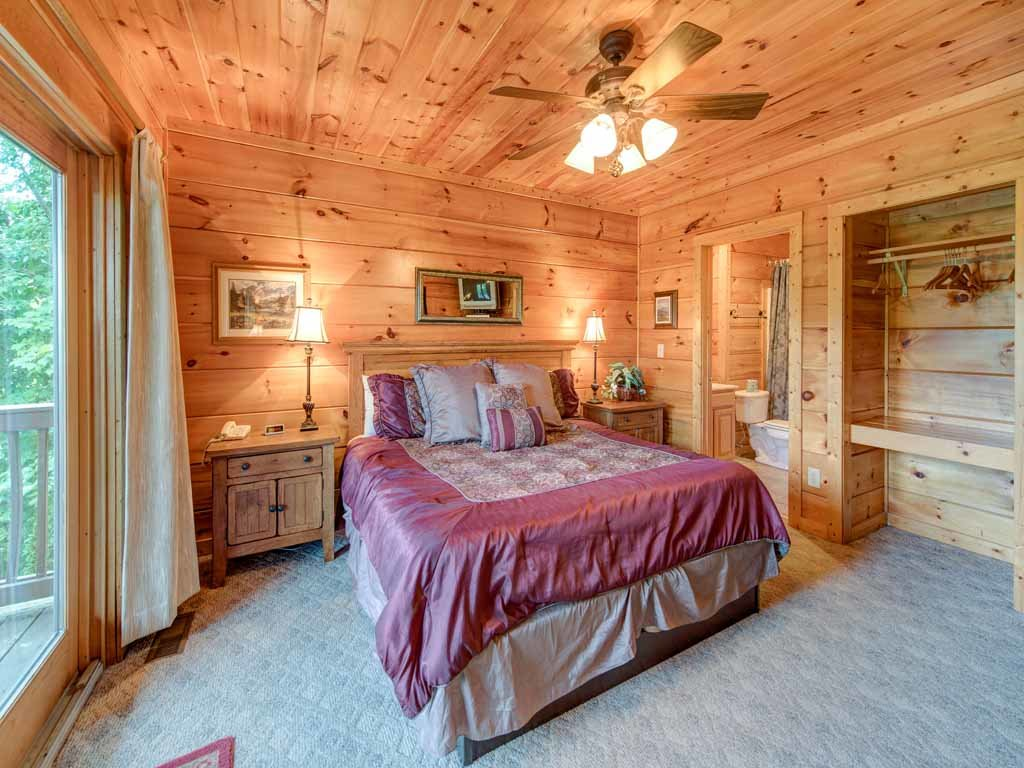 Photo of a Gatlinburg Cabin named Appalachian Lodge - This is the twenty-first photo in the set.