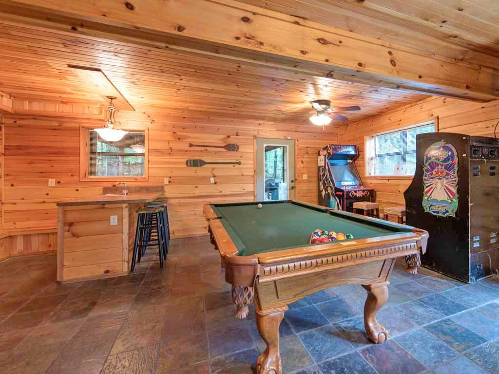 Photo of a Gatlinburg Cabin named Homespun Hospitality - This is the eighth photo in the set.