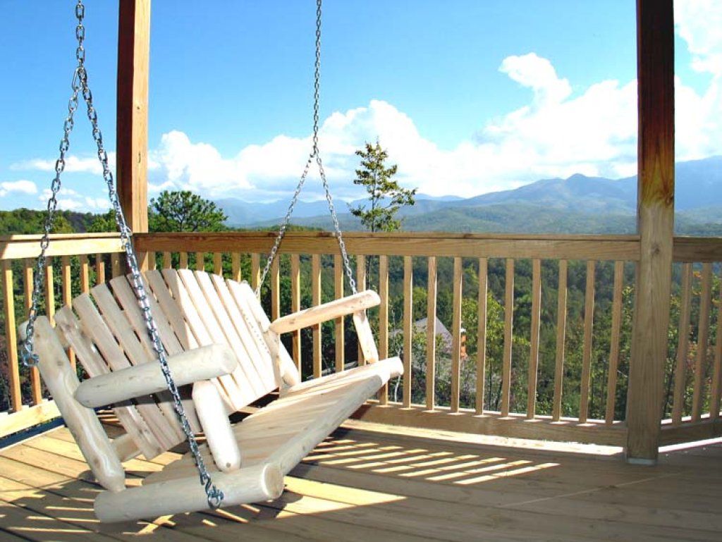 Photo of a Gatlinburg Cabin named Appalachian Lodge - This is the twenty-eighth photo in the set.