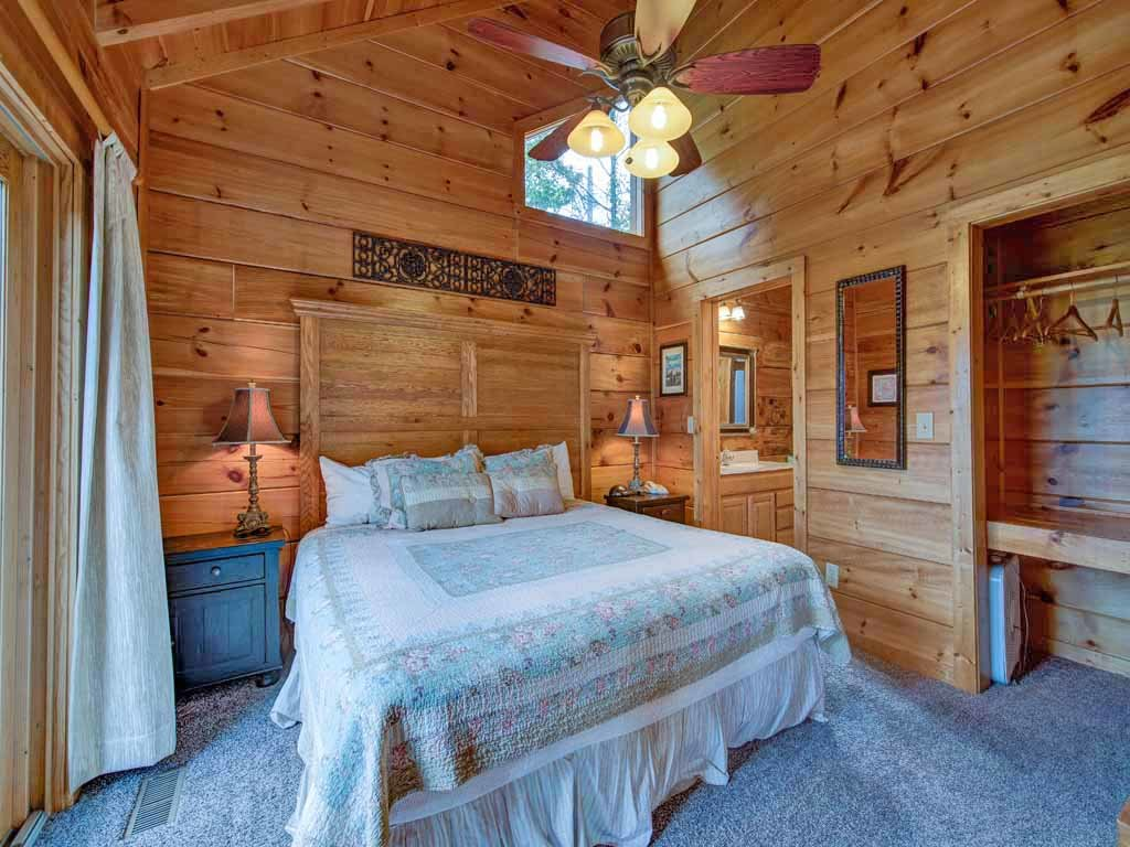 Appalachian lodge cabin in gatlinburg w 4 br sleeps16 for Nuvola 9 cabin gatlinburg