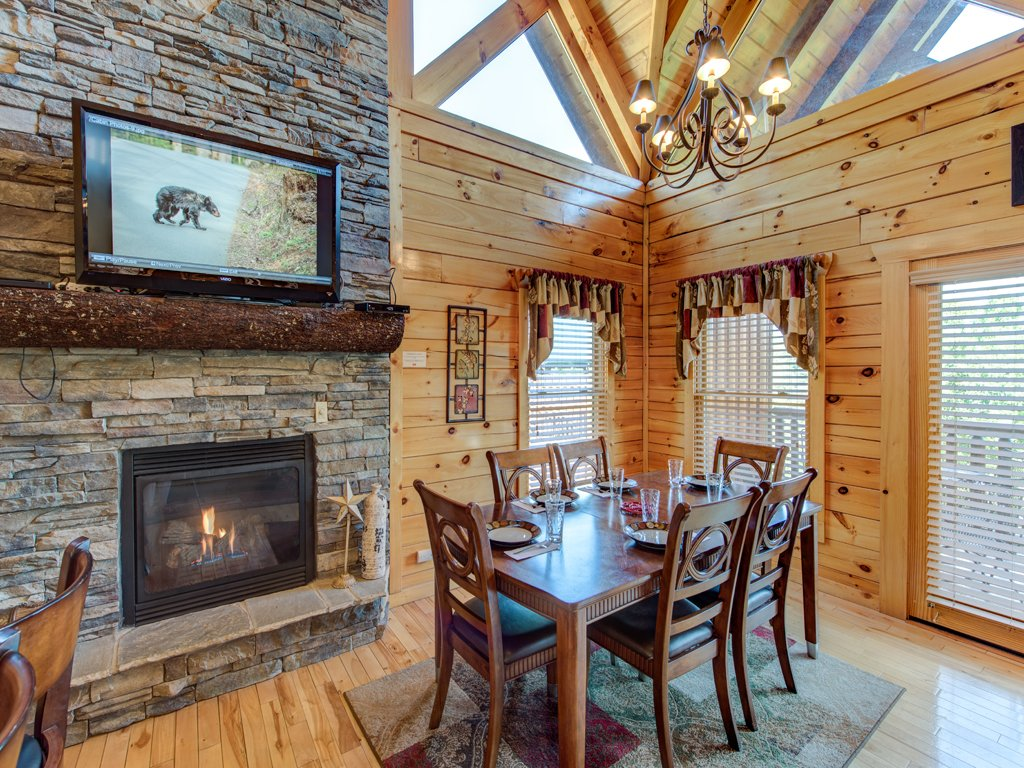 Photo of a Gatlinburg Cabin named Smoky Ridge View - This is the sixth photo in the set.
