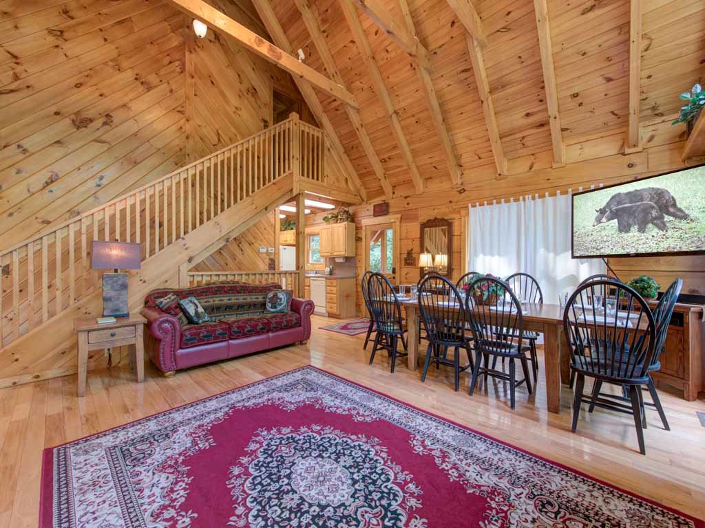 Photo of a Gatlinburg Cabin named Cozy Bear Lodge - This is the fifth photo in the set.