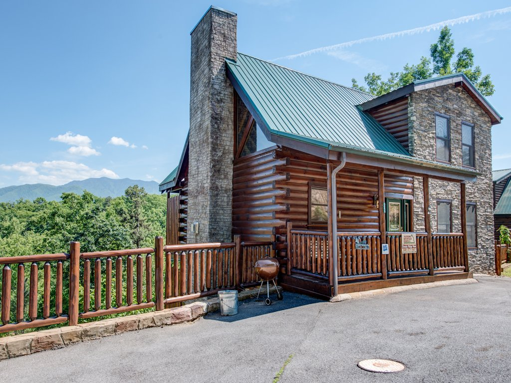 Photo of a Gatlinburg Cabin named Smoky Ridge View - This is the twenty-second photo in the set.