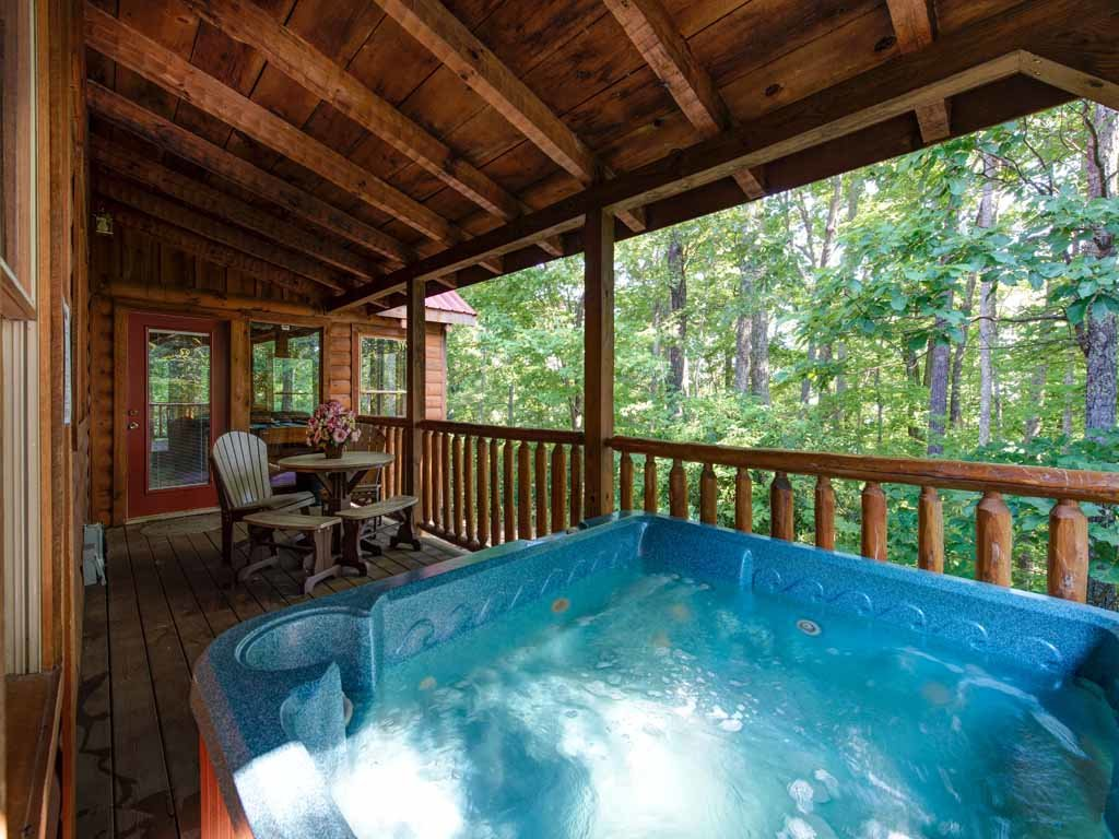 Photo of a Gatlinburg Cabin named Paul's Paradise - This is the third photo in the set.
